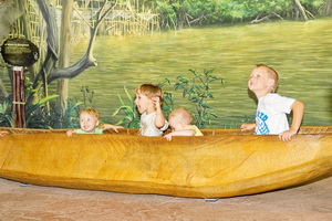 Trying to get 5 kids into a canoe for photos.  Fun at the Toronto zoo.